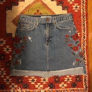 Zara embroidered denim skirt